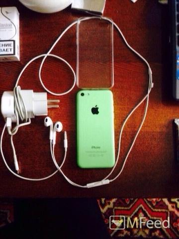 Apple iPhone 5c 16GB РСТ