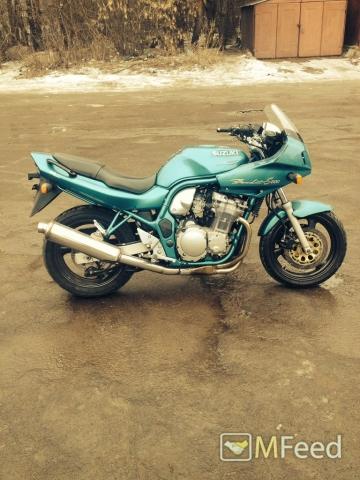 Мотоцикл Suzuki bandit 1998 года