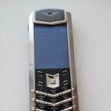 Телефон Vertu из нержавеющей стали