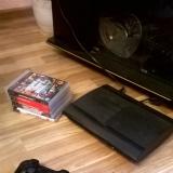 Sony Playstation 3 с двумя джойстиками и 5 играми