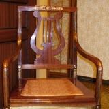 Ампирное кресло